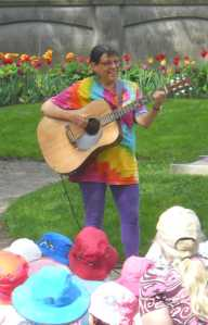Sandy performing on the lawn of Province House for Child Care Awareness Days 2014